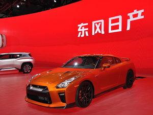 广州车展日产GT-R