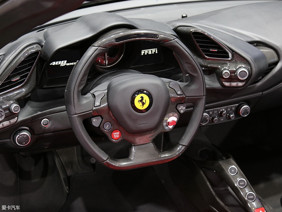 法拉利2016款法拉利488