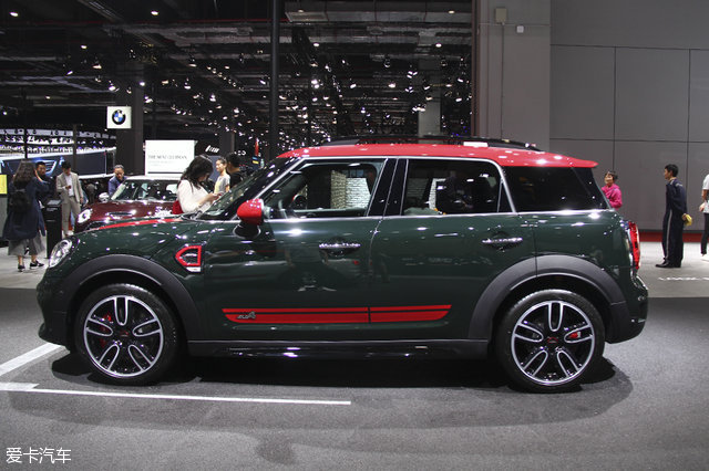MINI JCW COUNTRYMAN静态评测
