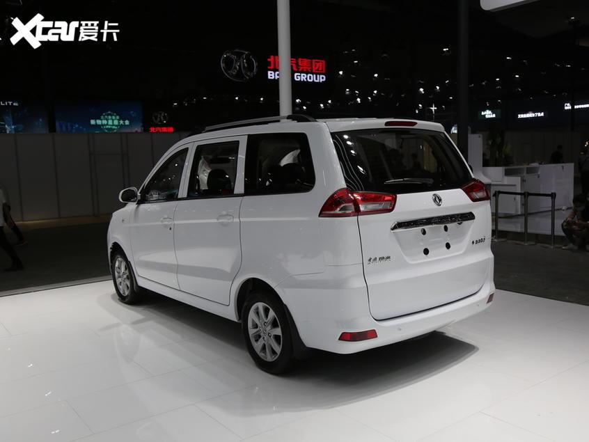 东风风光2017款风光330