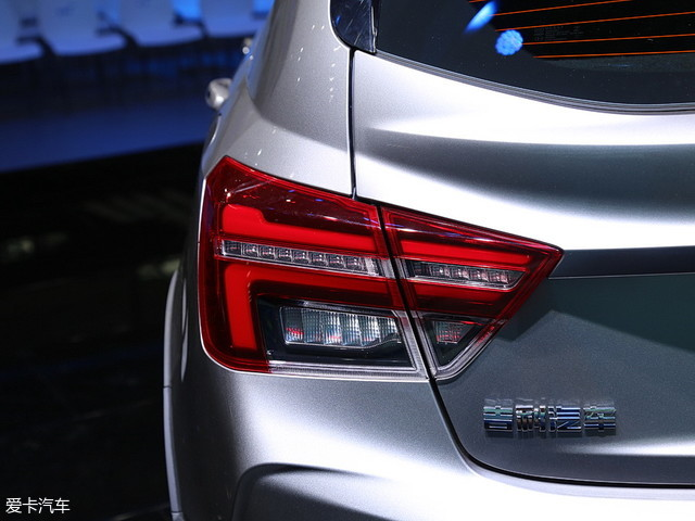 吉利汽车2018款远景S1