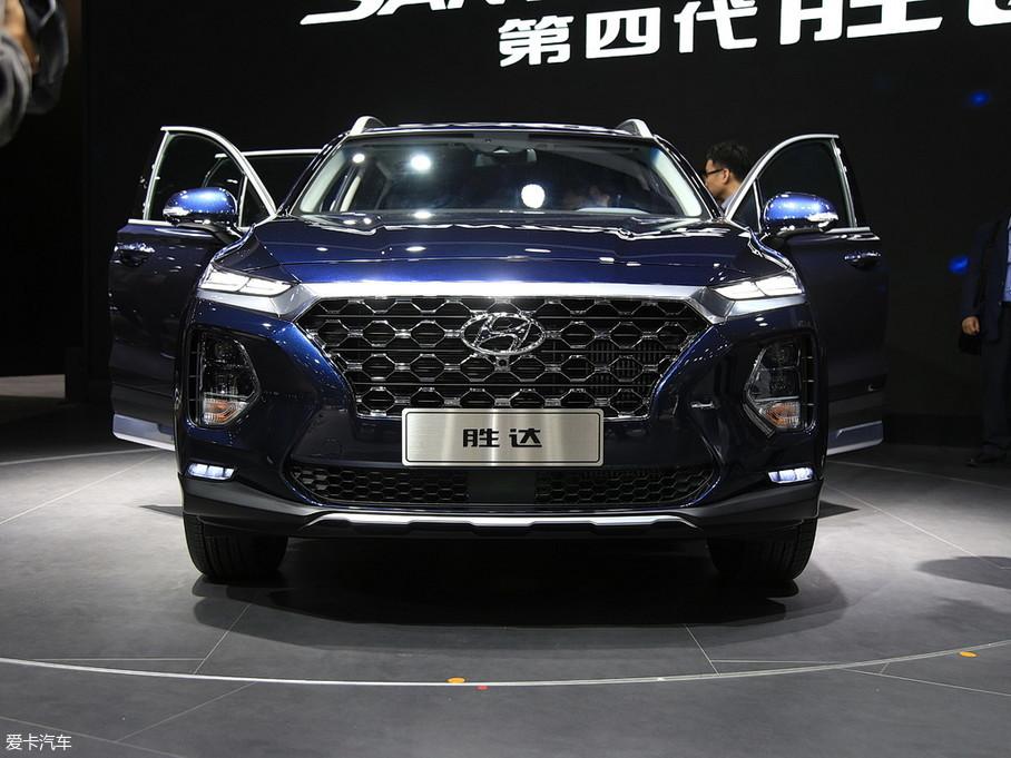 北京现代2019款全新胜达