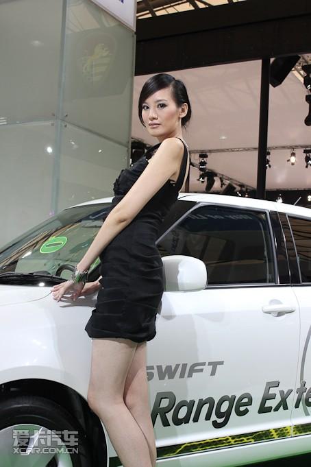 【铃木车模】2014北京车展铃木车模照片|铃木车模图片