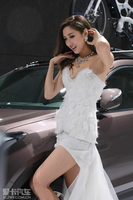 【现代车模】2014北京车展现代车模照片|现代车模