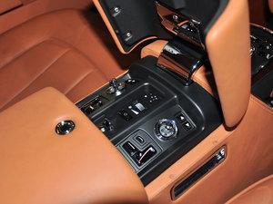 2013款6.7L 双门轿跑车 中控区