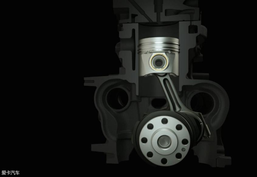 大通2.0T发动机