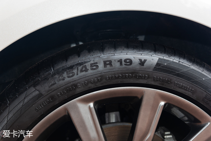 新款福特金牛座:轮胎