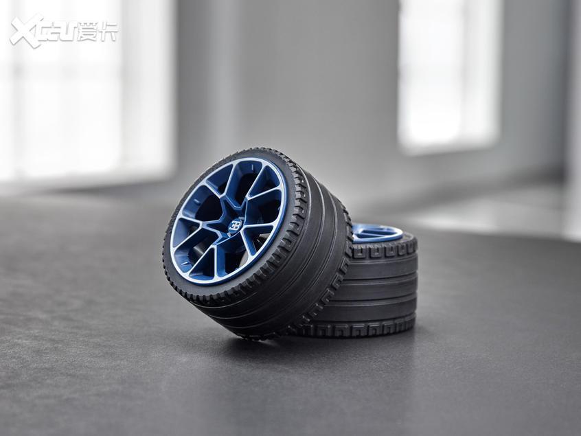 布加迪Chiron/雪佛兰 克尔维特ZR1