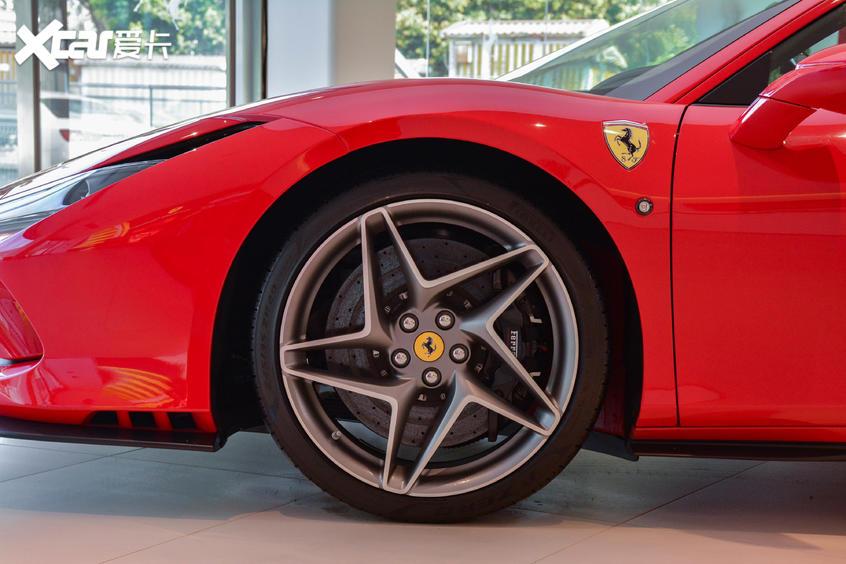实拍法拉利F8 Tributo V8时代的最强音