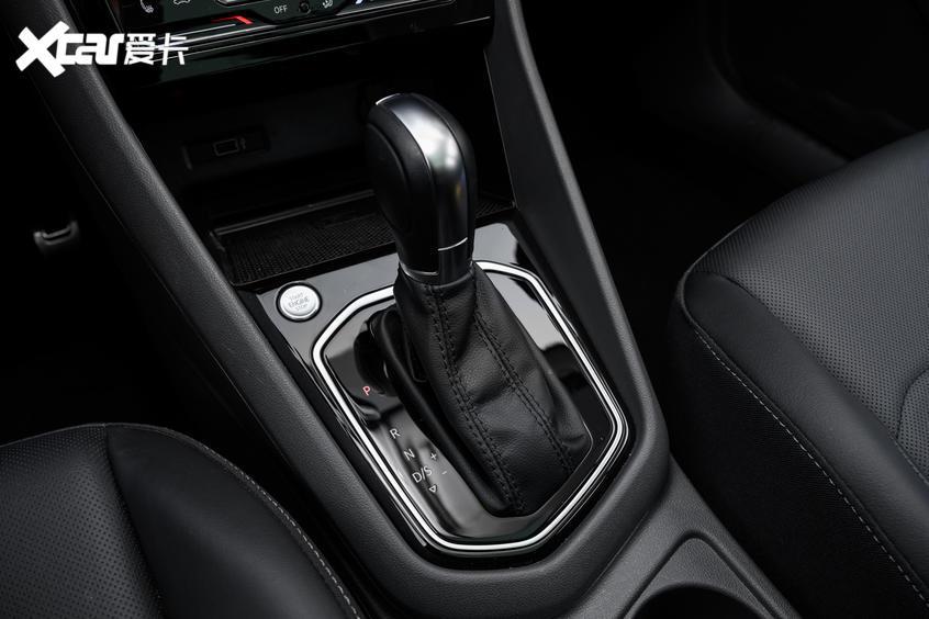 试驾捷达VS7:驾驶感受轻松舒适