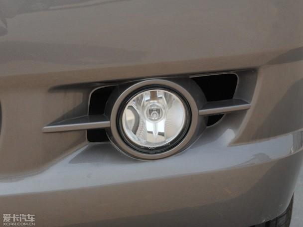 菱智v3 7座舒适型侧窗玻璃为外扬式   菱智v3 7座标准型、高清图片