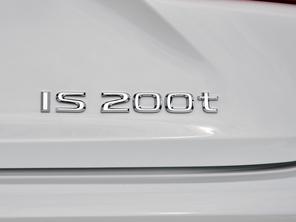 实拍雷克萨斯IS 200t