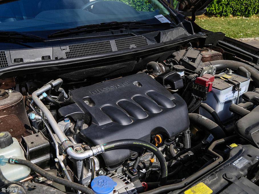 而T70上所搭载的这台代号为MR20DE的2.0L自然吸气发动机,来自于日产旗下,其最大功率106kW(144Ps)/5200rpm,峰值扭矩198Nm/4400rpm。此外,还提供一款1.6L自然吸气发动机可选。