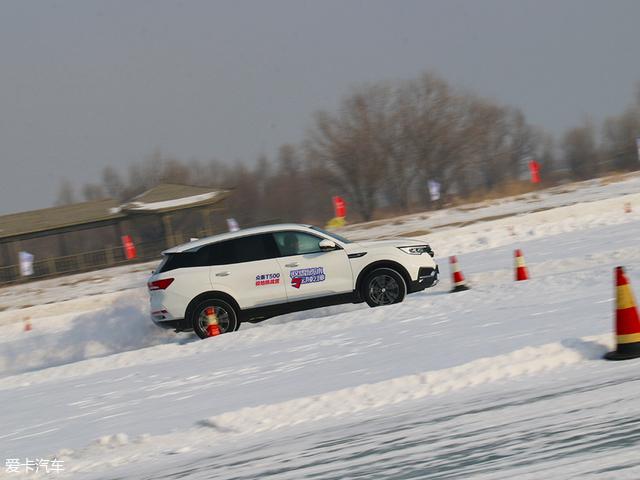 众泰T500冰雪试驾体验