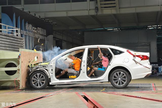 C-NCAP 2018新规首撞