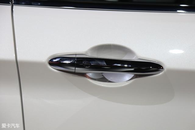 内外更精致 实拍福特全新紧凑SUV