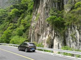 最美的风景在路上 说走就走自驾夹金山