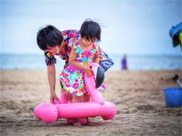 享受最美的九月 踏沙滩品海鲜观火烈鸟