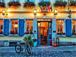 意大利小镇颇具沧桑感 而罗腾堡很童话