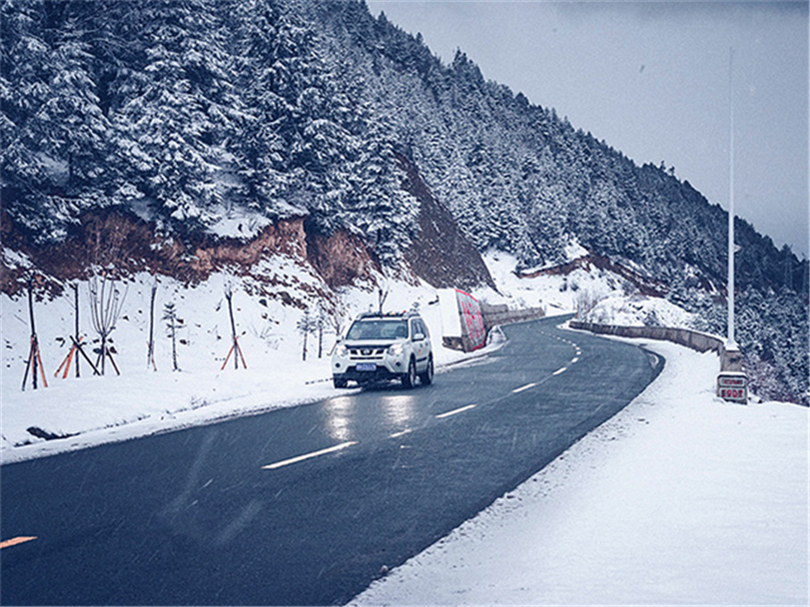 自驾滇藏川藏南线 被暴风雪追赶的日子!