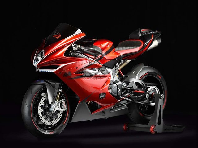 F1与摩托车的结合 MV 阿古斯塔F4 LH44