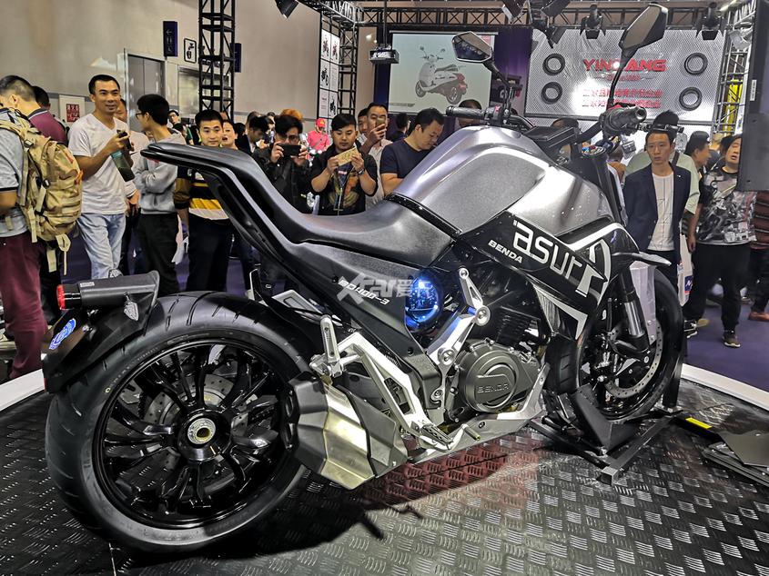 奔达摩托;Asura;星罗摩托;街车;摩托车;400排量