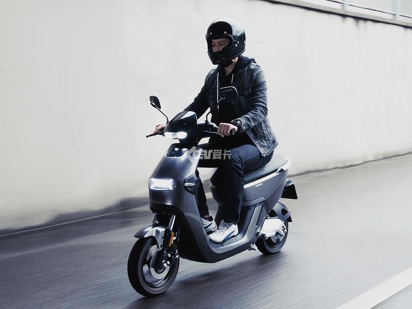 Molinks(摩灵)电动摩托车
