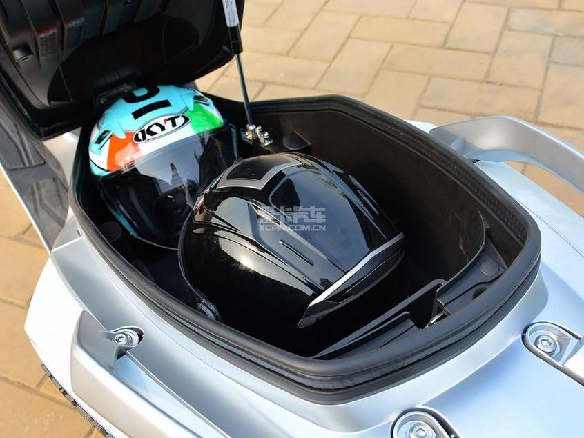 KTM;凯越500X;DL250;VESPA;Ninja400