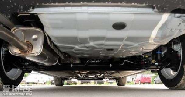 :麦弗逊式独立悬架 后:带稳定杆扭力梁式后悬架-要均衡不要短板