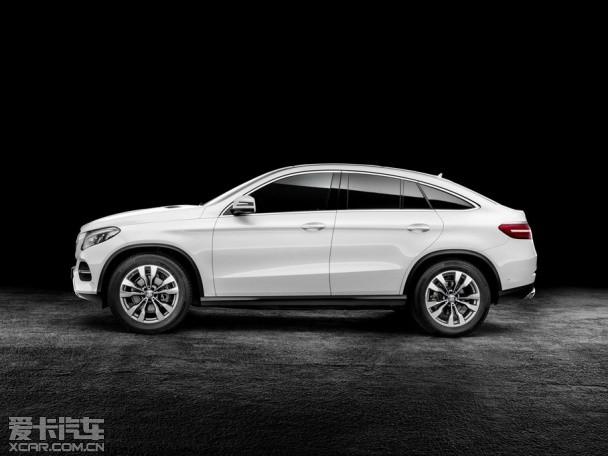 奔驰GLE Coupe官图发布 或北美车展首发