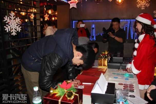 """斯柯达昕动""""圣诞狂欢夜""""上海闪耀出色"""