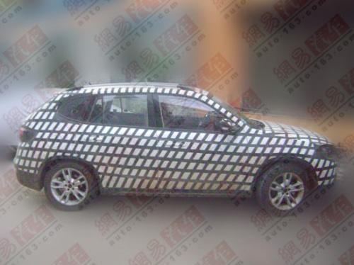 采用轿车平台 中华SUV底盘结构谍照曝光高清图片