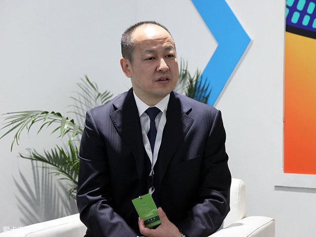 爱卡车展专访一汽吉林王云飞