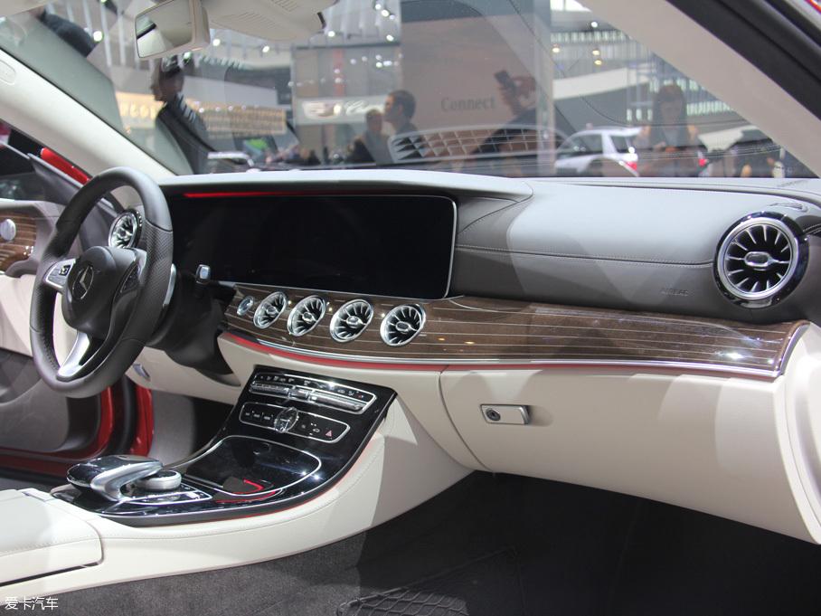全新奔驰E级Coupe版车型