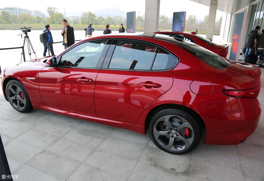 milano限量版于君威旗舰店正式上市,新车基于giulia280hp豪华版加装雷达打造前天猫