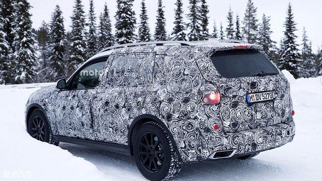 宝马旗舰SUV X7再曝光 将于年底前亮相