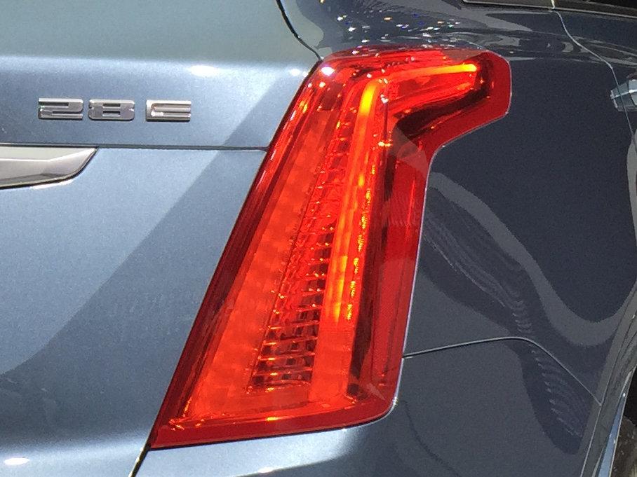 凯迪拉克新款XT5正式上市 售35.99万起