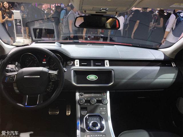 动力方面,新车预计将搭载一台2.0T涡轮增压发动机,最大输出功率177kW(241Ps),峰值扭矩340Nm。传动部分,与之匹配9速自动变速箱,并配备全地形反馈适应系统。