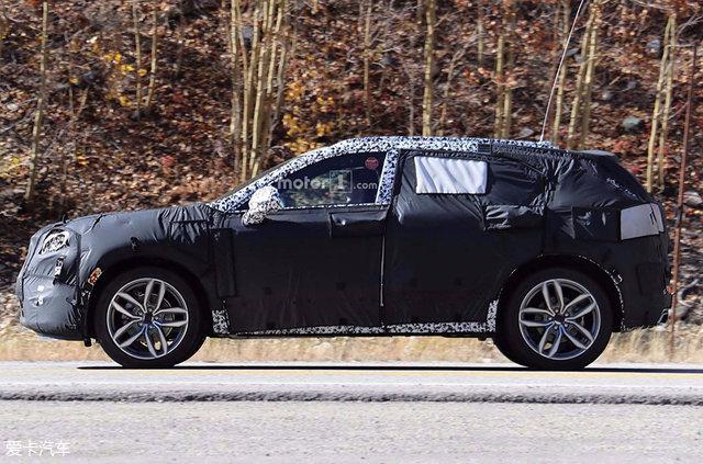 凯迪拉克XT4谍照曝光 或北美车展亮相