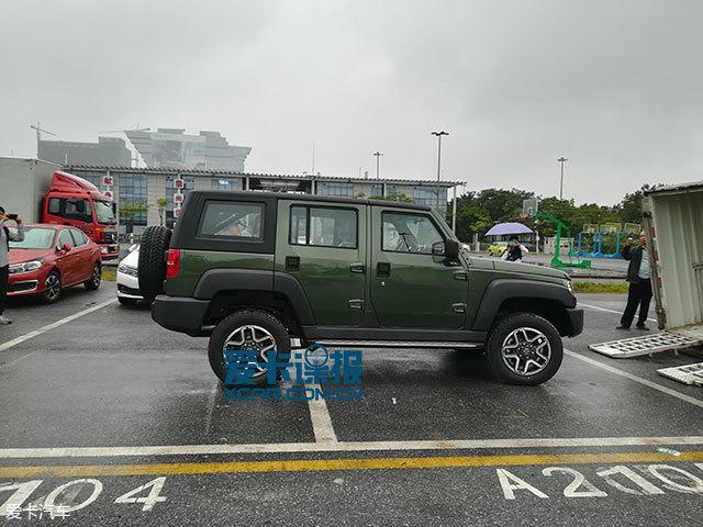 广州车展探馆:北汽BJ40L柴油版抢先看