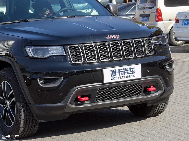 实拍2017款Jeep大切诺基