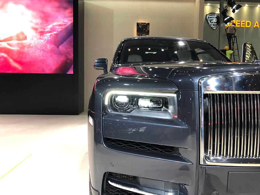 劳斯莱斯首款SUV 库里南迎来中国首秀