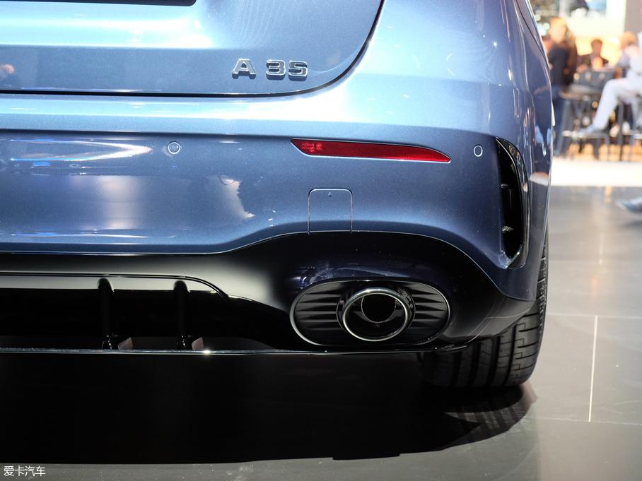 2018巴黎车展:奔驰AMG A35 4MATIC亮相