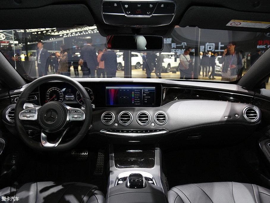 奔驰新一代S级轿跑车上市