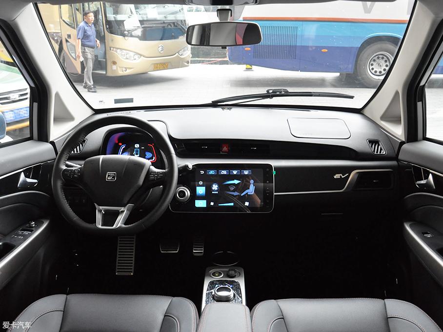 众泰E200 Pro正式上市