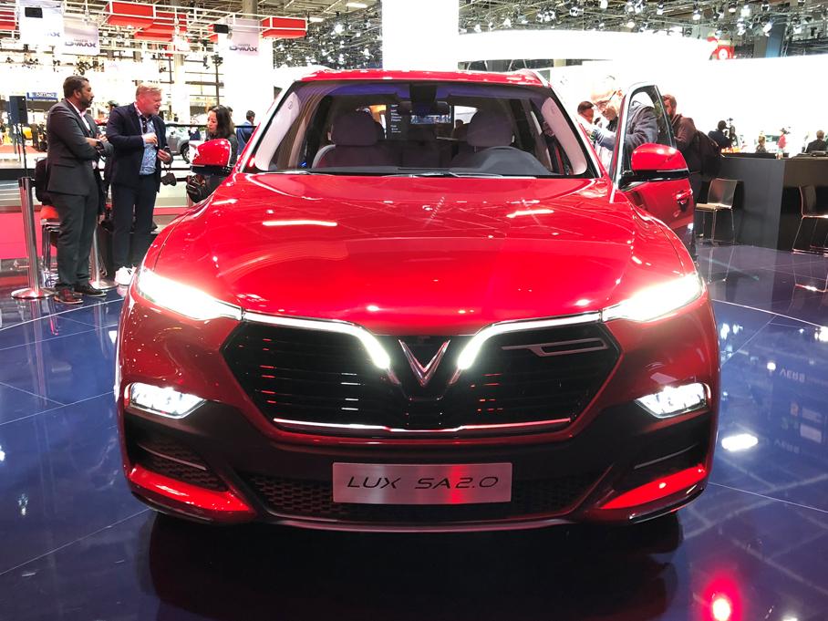 2018巴黎车展 Vinfast两款新车正式发布