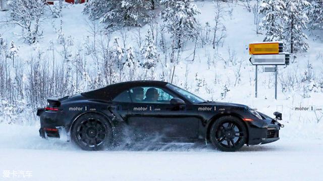保时捷911 Turbo S Cabrio谍照