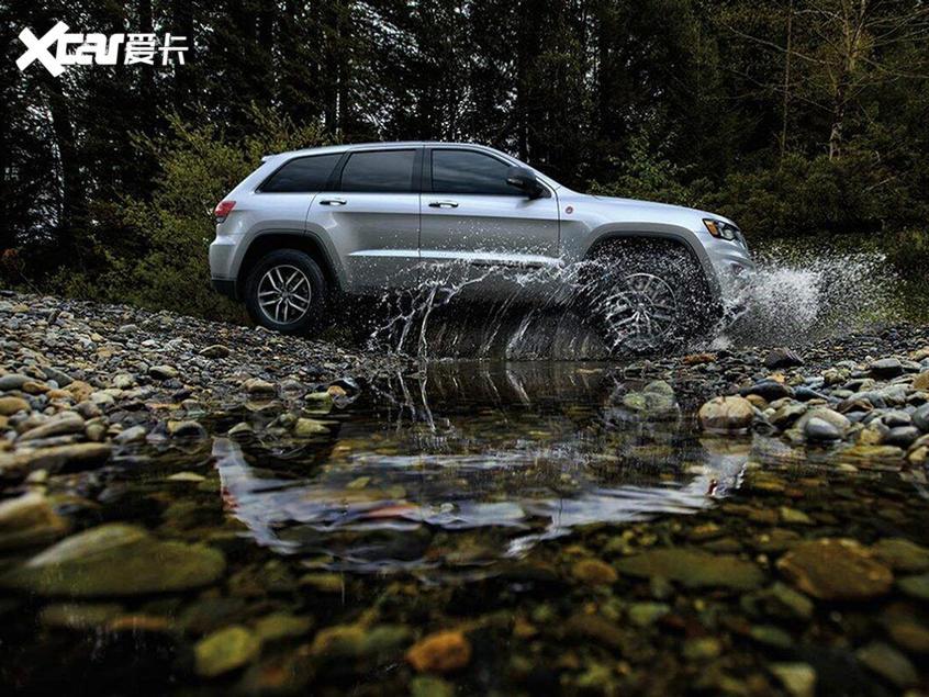 2020款Jeep大切诺基上市 售52.99万元起
