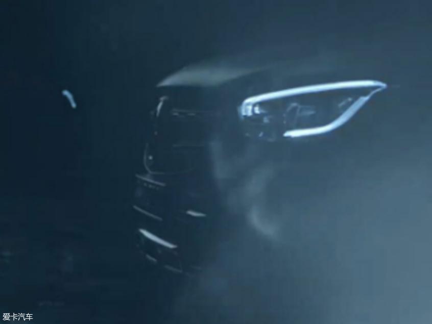 全新奔驰GLC Coupe预告图