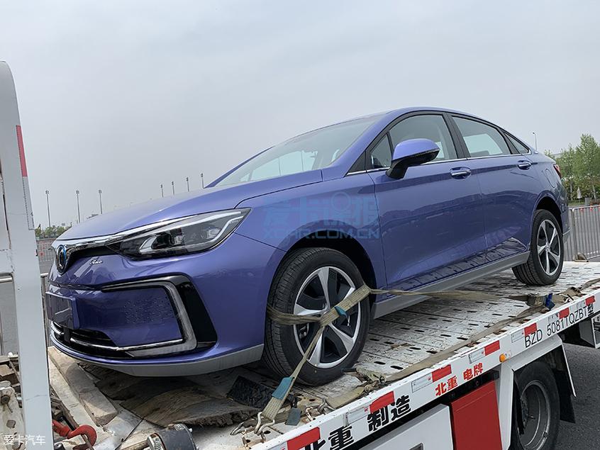 2019上海车展探馆:北汽新能源EU5实拍